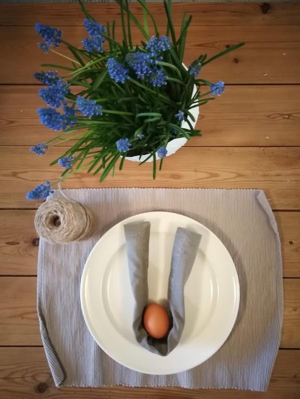 Paasdecoratie: Bunny ears door Lien Moijson